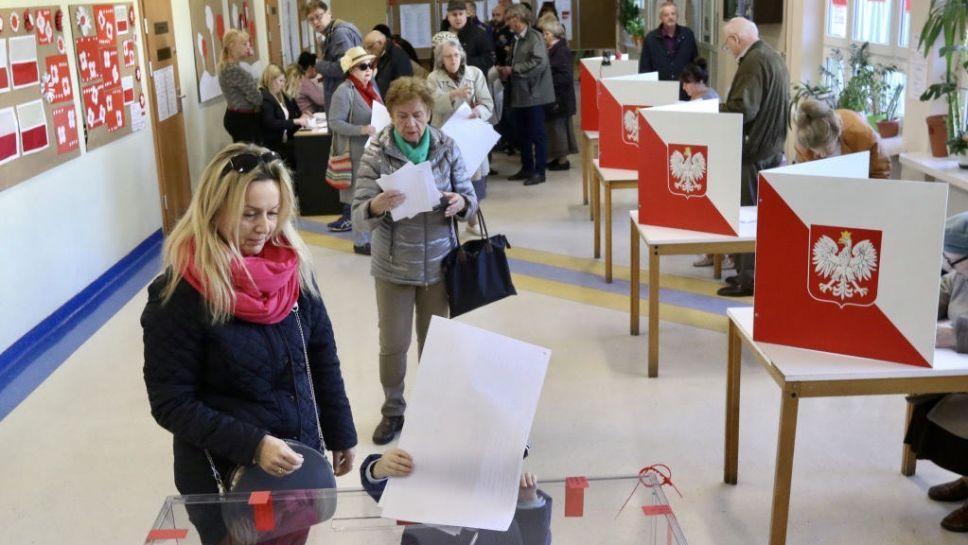 Wyrazili poparcie dla przeprowadzenia wyborów prezydenckich w konstytucyjnym terminie 28 czerwca 2020 r. (fot. Michal Fludra/NurPhoto via Getty Images)