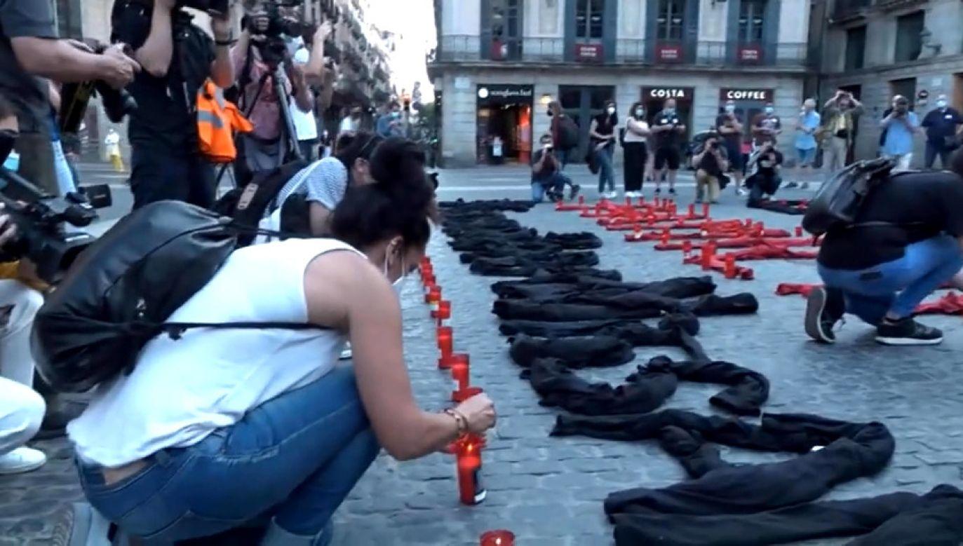 We wtorek na ulice Barcelony wyszli pracownicy Nissana, aby protestować przeciwko zamknięciu fabryki (fot.  ESRTVE - RADIO TELEVISION ESPANOLA)