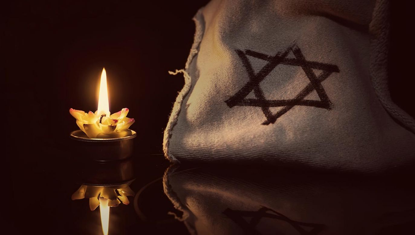 Rodziny osób pomordowanych za pomoc Żydom spotkały się w Warszawie (fot. Shutterstock/diy13)