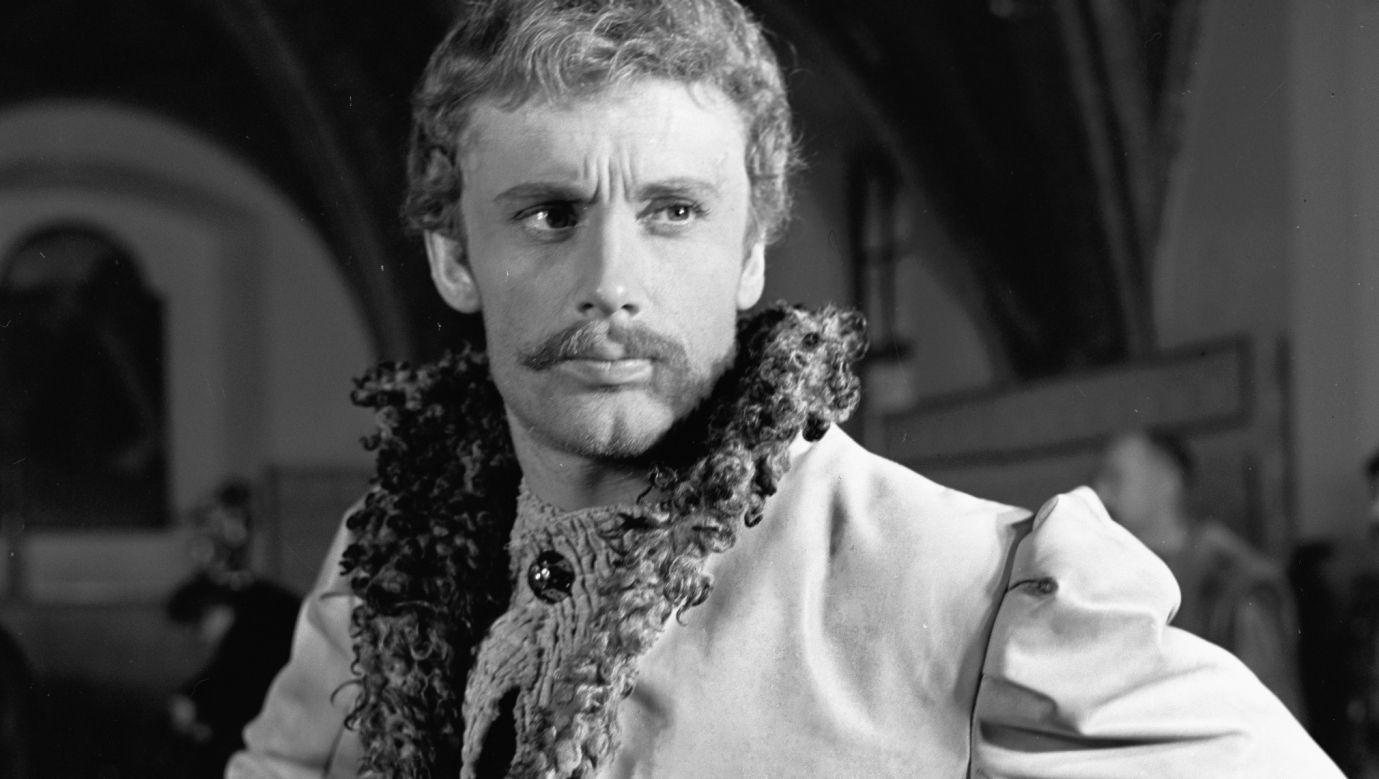 """Daniel Olbrychski jako Andrzej Kmicic w filmie """"Potop"""" w reżyserii Jerzego Hoffmana z 1974 roku. Fot. PAP/CAF"""