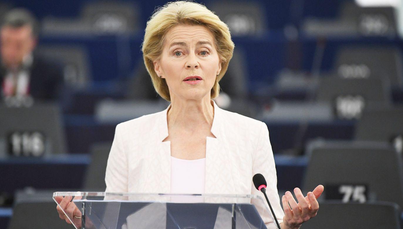 Ze strony Polaków mamy argument, że przyjęli oni u siebie 1,5 mln Ukraińców, z kraju, w którym toczy się wojna – przypomniała Ursula von der Leyen (fot. PAP/EPA/PATRICK SEEGER)