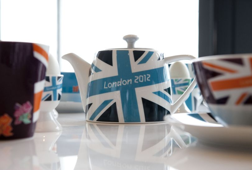 Herbata lepiej będzie smakować z pamiątkowego czajniczka (fot. LOCOG)
