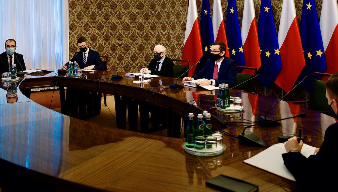 W koalicji rozmowy o ratyfikacji funduszu odbudowy (fot. Krystian Maj/KPRM)