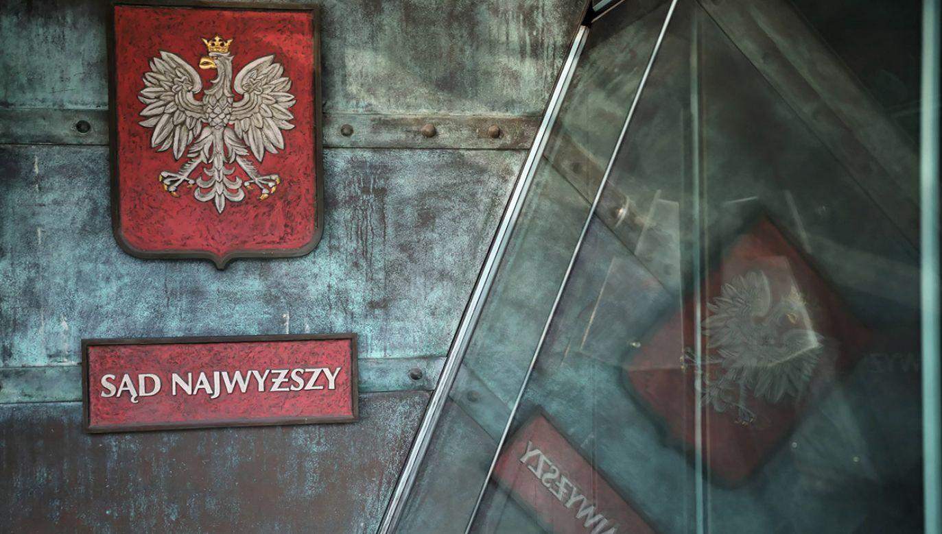 """Spośród ponad 260 spraw zaledwie trzy dotyczą """"zarzutów politycznych"""" (fot. arch.PAP/Tomasz Gzell)"""