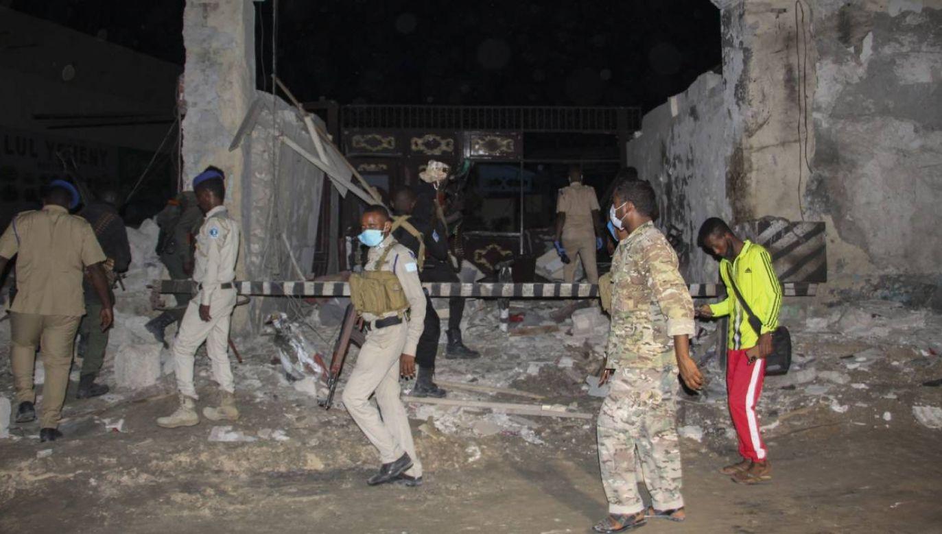 Był to już drugi atak bombowy na tę restaurację  (fot. PAP/EPA/SAID YUSUF WARSAME)