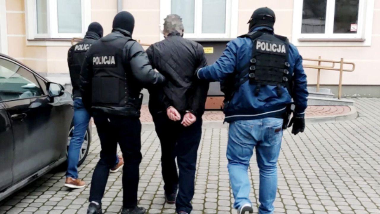 """Sprawą zajęli się policjanci z mazowieckiego """"Archiwum X"""" (fot. Policja)"""