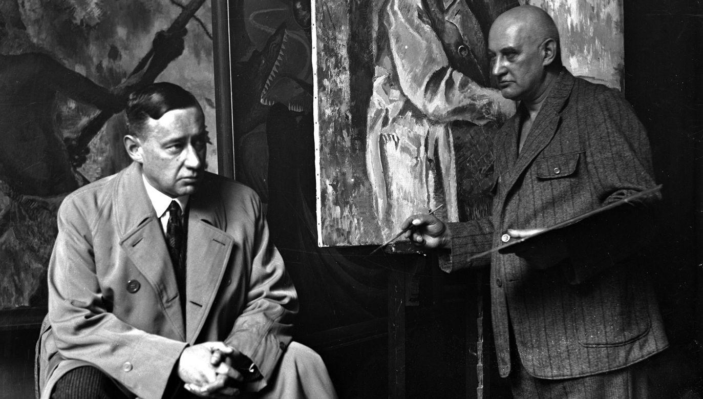 Kazimierz Sichulski maluje portret Zygmunta Nowakowskiego (z lewej). Fot NAC