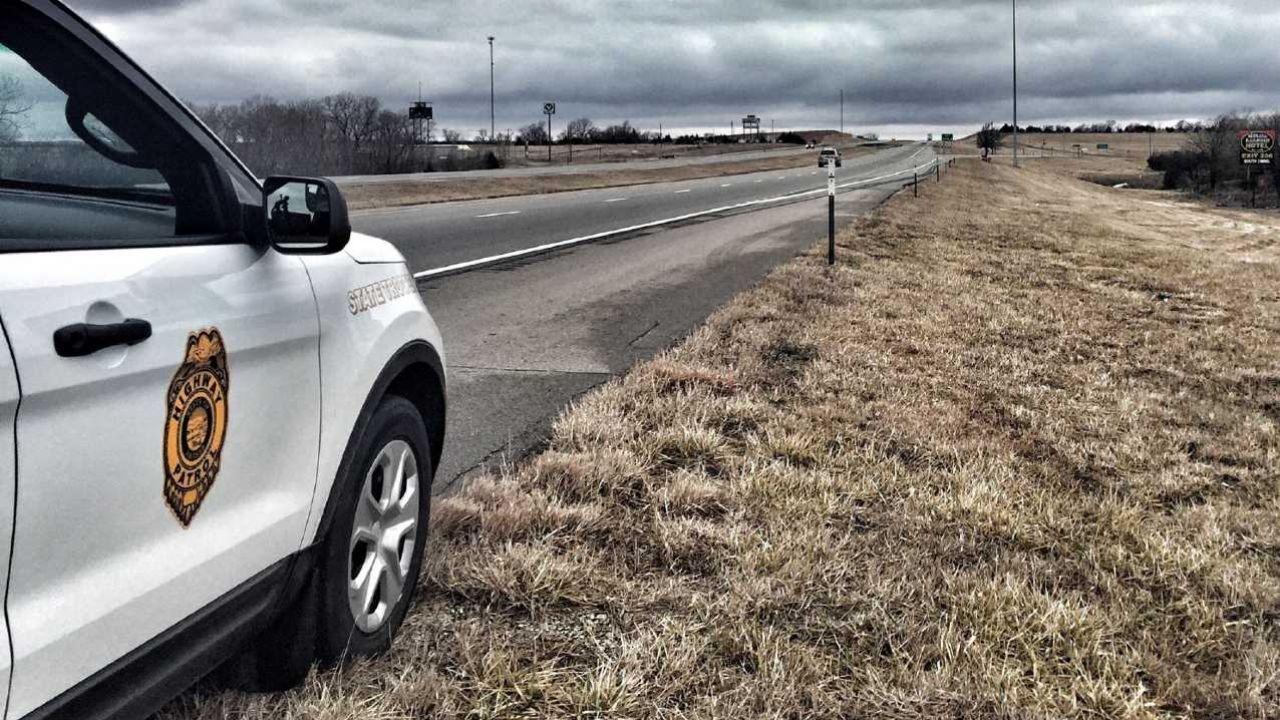 23-latek został zatrzymany po godzinnym pościgu (fot. Kansas Highway Patrol)