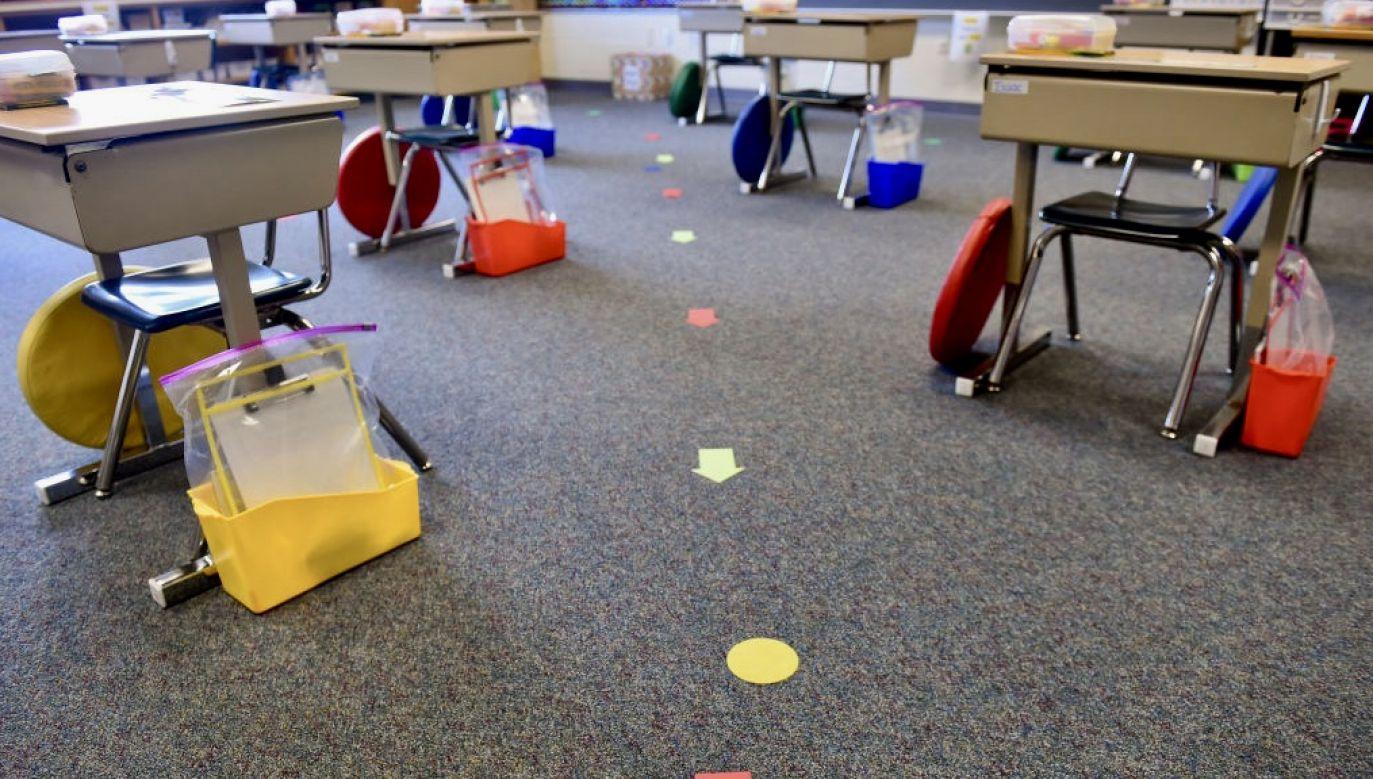 Szkoła podstawowa w Wielkim Klinczu przeszła od poniedziałku na tryb nauki zdalnej (fot. Getty Images, zdjęcie ilustracyjne)