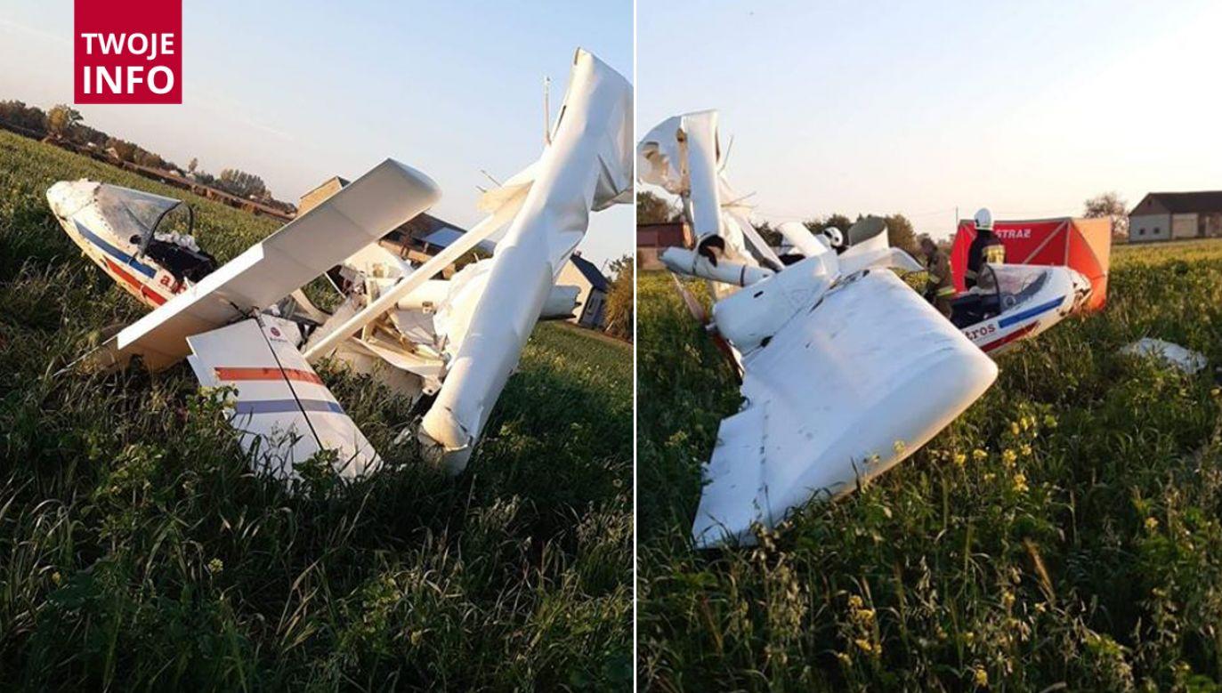 Samolot uderzył w ziemię przy drodze powiatowej między Kłodawą a Przedeczem, woj. wielkopolskie (fot. twoje Info)