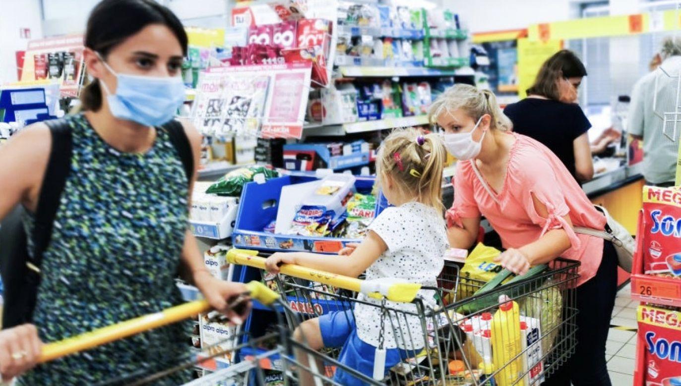 Polacy w pierwszych miesiącach  pandemii nie korzystali z badań profilaktycznych (fot. Beata Zawrzel/NurPhoto via Getty Images)
