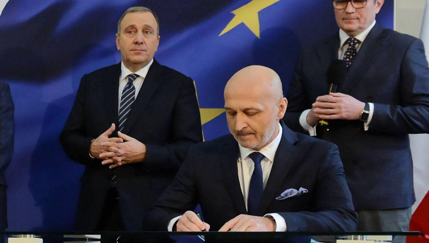 Jeszcze w wyborach do europarlamentu Marcinkiewicz stał murem za Schetyną (fot. PAP/Jakub Kamiński)