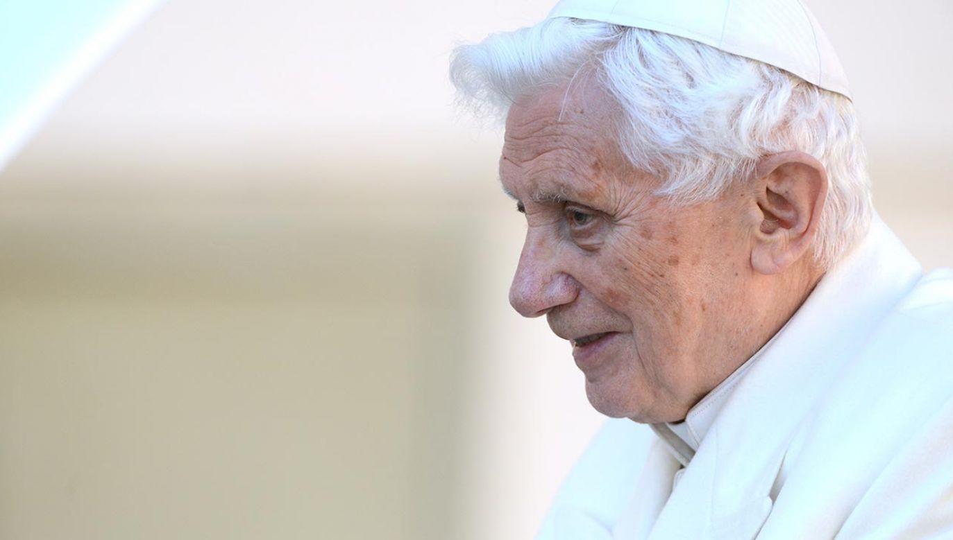 Emerytowany papież ocenił też nowego prezydenta USA (fot. Guido MARZILLA/Gamma-Rapho via Getty Images)