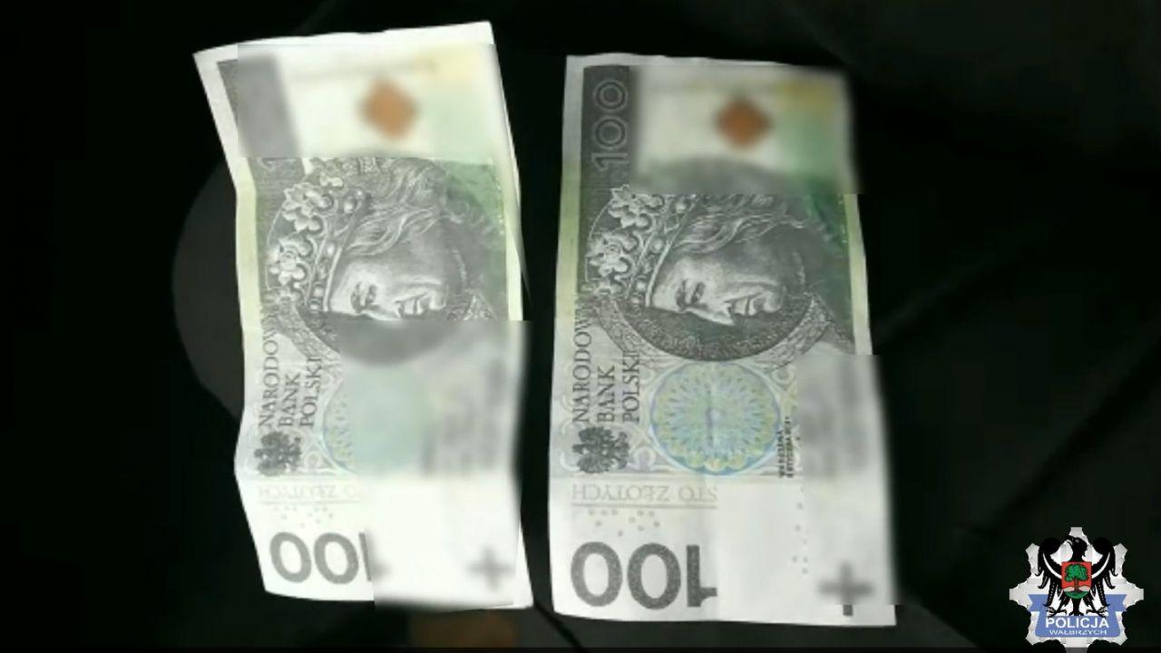 Podrobione setki miały m.in. ten sam numer banknotu (fot. KMP w Wałbrzychu)