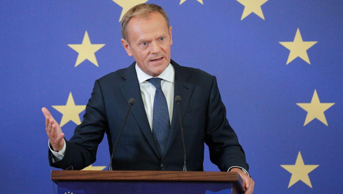 Przewodniczący Rady Europejskiej Donald Tusk za pośrednictwem Twittera odniósł się do awantur, które miały miejsce przy okazji Marszu Równości w Białymstoku (fot. PAP/EPA/SERGEY DOLZHENKO)