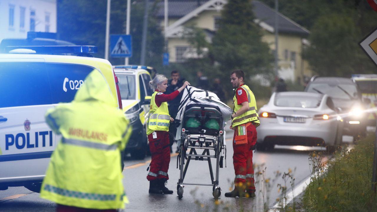 Policja ujawniła również, że 20-latek jest również podejrzewany o zabójstwo młodej kobiety (fot. PAP/EPA/TERJE PEDERSEN)