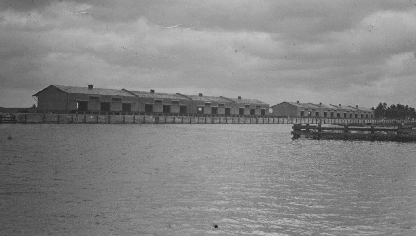 Doki amunicyjne składnicy materiałów wojennych na Westerplatte, zdjęcie z 1926 r. (fot. NAC)