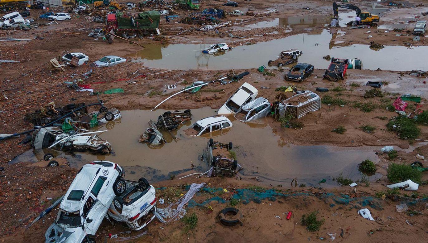 Ulewy w prowincji Henan spowodowały śmierć co najmniej 33 osób (fot. Zhang Ziwang/Nanfang Daily/Southern Visual/VCG via Getty Images)