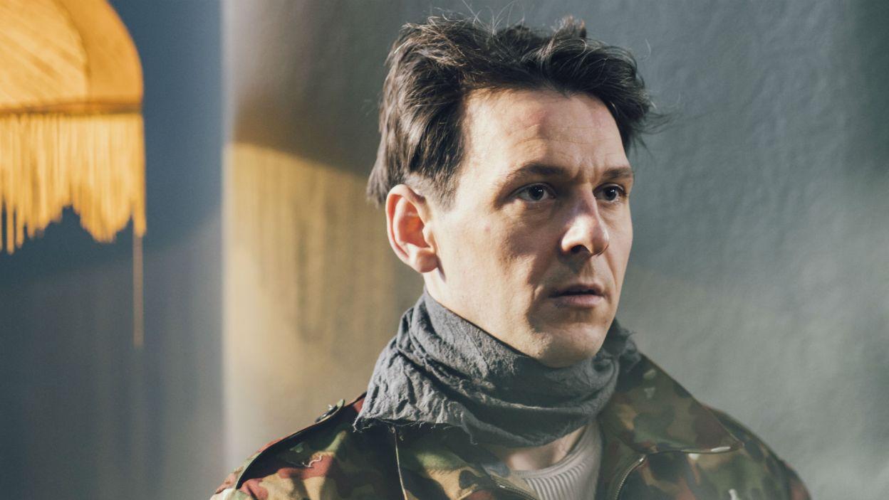 Mateusz Kmiecik zagrał rolę Sokoła, jednego z terrorystów (fot. Stanisław Loba)