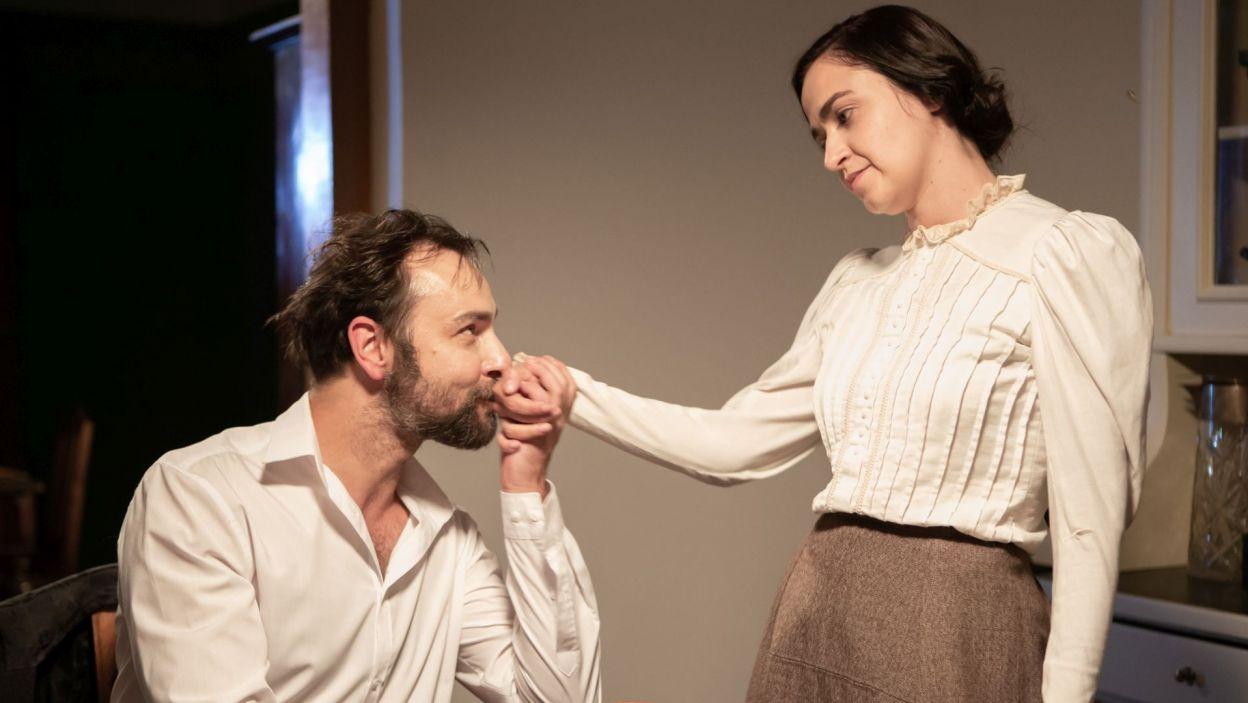 W sztuce ukazano także drugą miłość Józefa Piłsudskiego, Aleksandrę Szczerbińską. W tej roli wystąpiła Maria Gudejko (fot. Krzysztof Słomka/TVP)