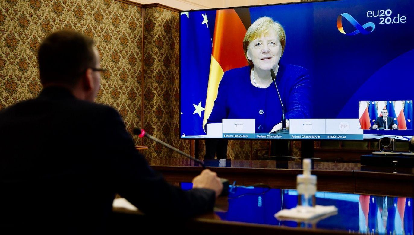 Premier Morawiecki podtrzymał w rozmowie z Angelą Merkel stanowisko polskiego rządu w sprawie rozwiązań pozatraktatowych (fot. Krystian Maj/KPRM)