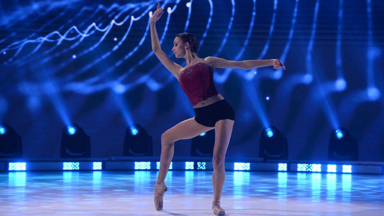 """Kolejna finalistka, Julia Bielska, wykonała choreografię Anny Śmiganowskiej do """"Cessate, omai cessate"""" Vivaldiego (fot. Jan Bogacz)"""