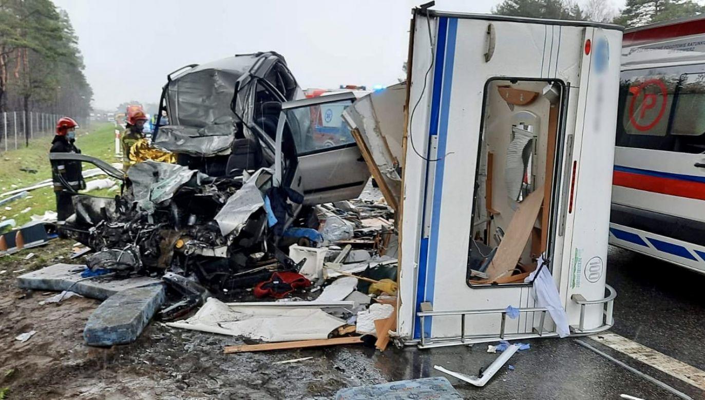 Zderzyło się ogółem pięć pojazdów, w tym dwie ciężarówki (fot. Policja śląska)